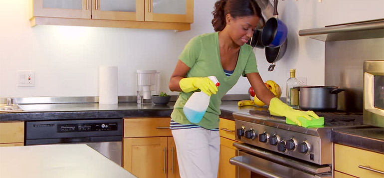 tips for women cleaning house